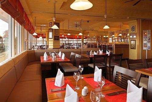 brunch julian 39 s bar restaurant. Black Bedroom Furniture Sets. Home Design Ideas